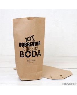 """Bolsa de papel kraft """"Kit para sobrevivir a nuestra boda"""" en negro."""