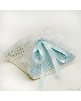 Pañuelo de rafía en color azul.