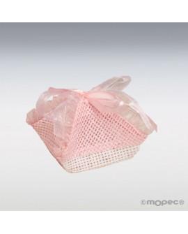 Pañuelo de rafía en color rosa.