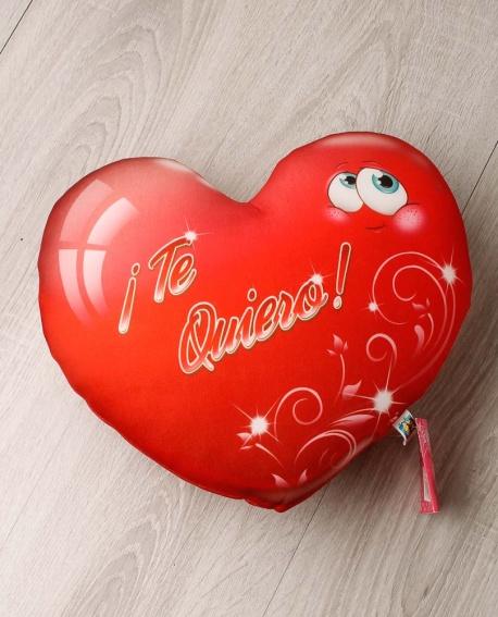Cojín de corazón rojo